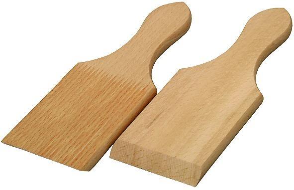 Butter Kugelformer aus naturbelassenem Buchenholz. Formen Sie Butter zu Kugeln.  Mit etwas Übung geht es ganz schnell.