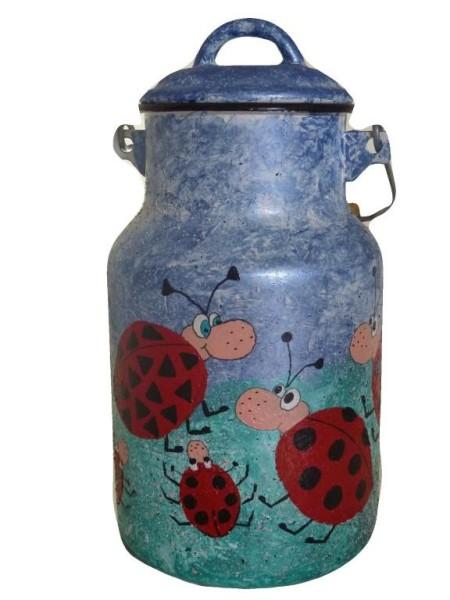 "Bemalte Milchkanne 2 Liter, Motiv ""Glückskäfer"""