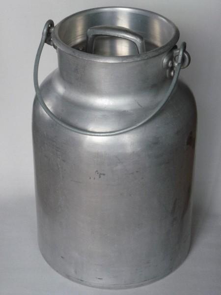 10 Liter Aluminium Milchkanne alt gebraucht