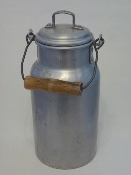 alte Gebraute Milchkanne 1,5 Liter