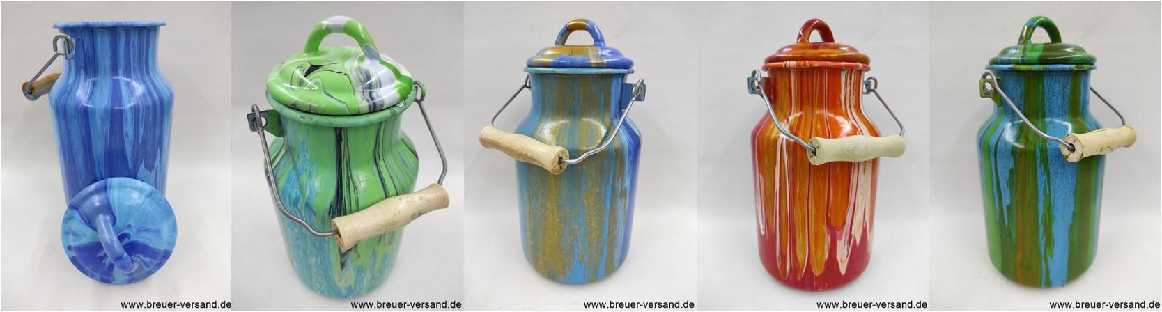 Bemalte Milchkannen (Fluid Painting)