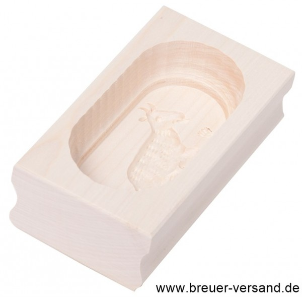 Butterform eckig, 125 Gramm, Motiv: Ziege. Aus naturbelabbenem Holz.