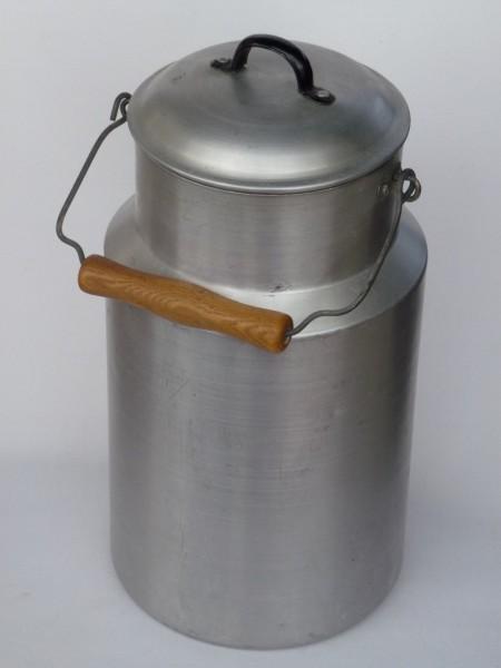 5 Liter Aluminium Milchkanne- alt und gebraucht
